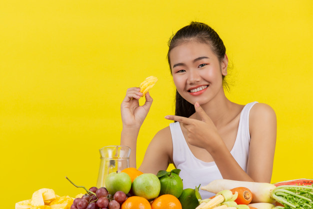 Healthy Diet Tips: How to make skin glowing with a healthy diet